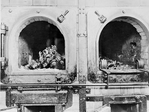 Les fours crématoires de Buchenwald.