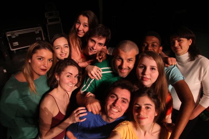 Youmni, Mehdi, Lison et les autres jeunes acteurs.