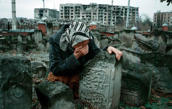 Cimetière de Grozny, Tchétchénie...