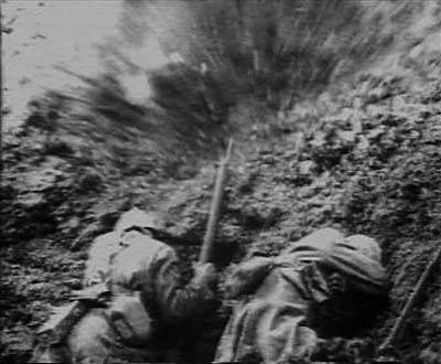 Explosion sur un champ de bataille, 14-18.